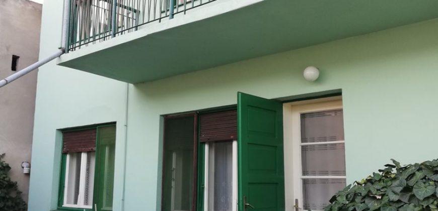 Kuća, Spratna, Centar