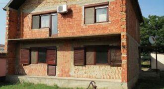 Spratna Kuća, Kolonija